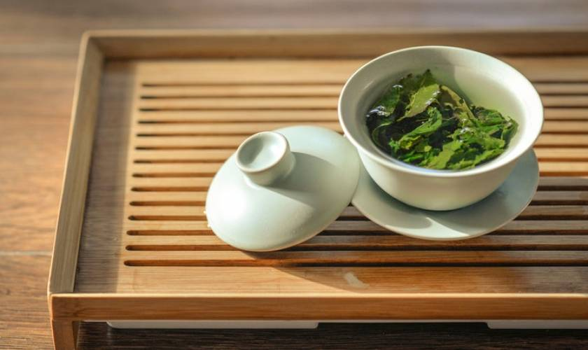 Reading the tea leaves about whether drinking green tea is good for you