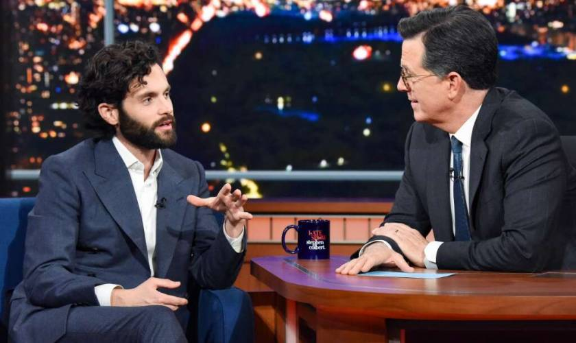 Watch You's Penn Badgley Go From Charming To Creepy In A Matter of Seconds